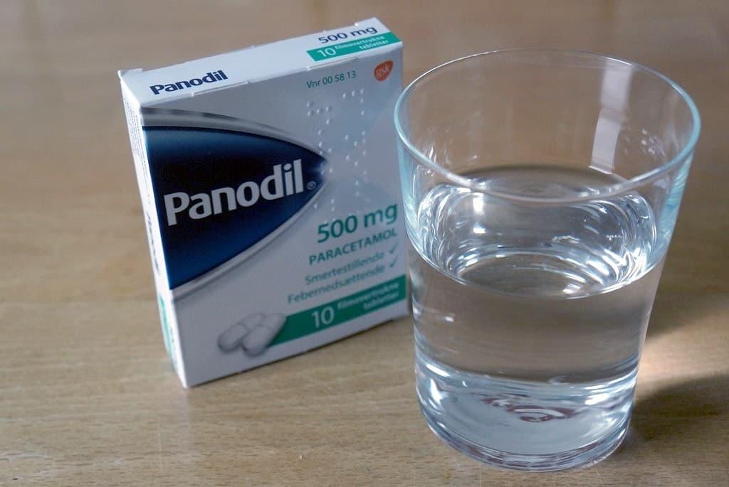 Panodil - hvad enten det er almindelige, Panodil Zap eller Panodil Junior hjælper mod svage smerter - og er febernedsættende på grund af det aktive stof, Paracetamol.
