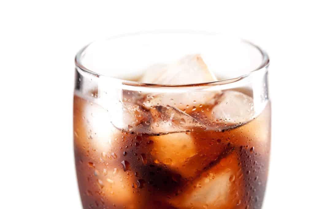 er cola godt for maven