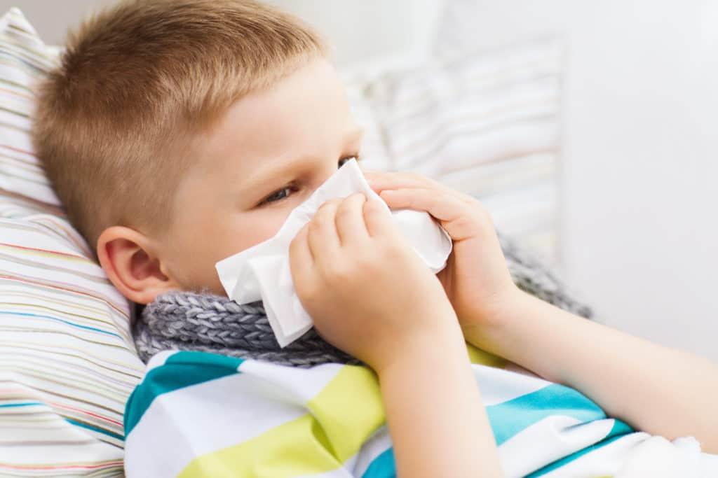RS-virusSymptomerne på RS-virus er typisk som en forkølelse med lidt feber.