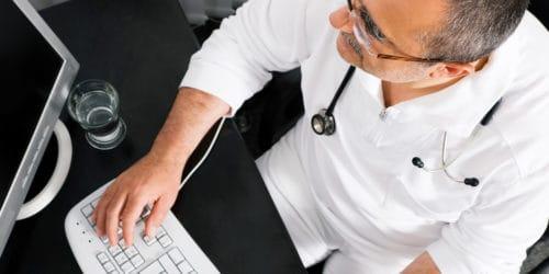 Hjertekarsygdomme er en folkesygdom i de vestlige lande. Hyppighedne af dem stiger med levealderen. Flere hundrede tusinde danskere er i behandling for hjertekarsygdomme.
